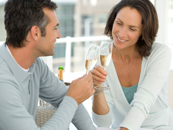 pros and cons of dating a divorcee